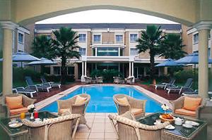 airport grand pool