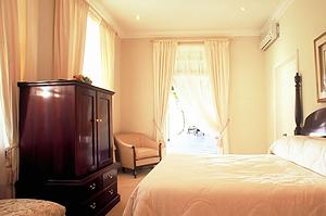 lyngrove bedroom